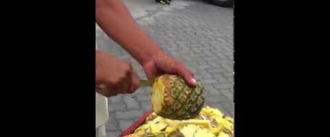 Pano magbalat ng pineapple ang ninja? :)
